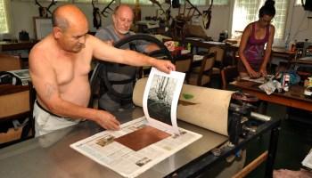 Baranyai Ferenc munka közben