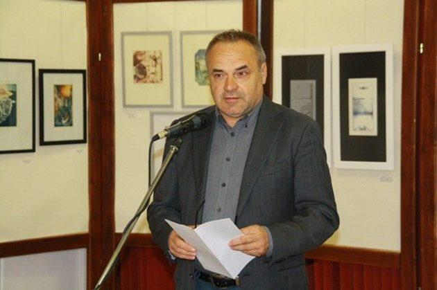 Csabai Tibor megnyitja a művésztelep pápai jubileumi kiállítását, 2014