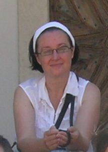 Ilona Suonio, ma Ilona Sares